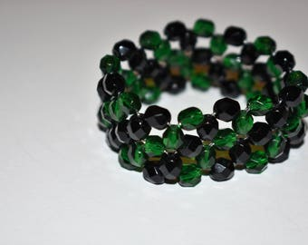 Stretch Bead Bracelet. Green and Black. St Patrick's Day. Czech Glass Beads. St Patrick Bracelet. For Her. Under 50. Best Friend Accessory.
