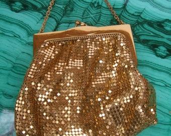 WHITING & DAVIS Opulent Gilt Metal Tiny Evening Bag c 1960s