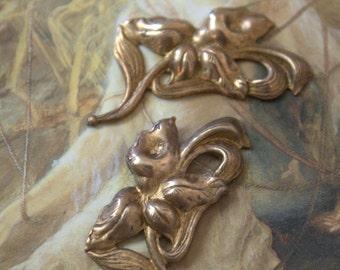 2 Vintage Art Nouveau Floral Calalily Old Brass Pieces