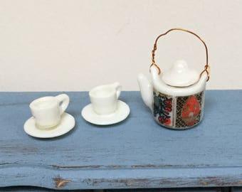 Miniature tea set, 1:12 Scale, Dollhouse miniature
