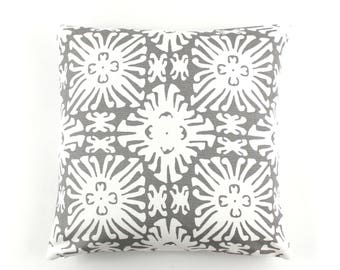 ON SALE Quadrille China Seas Sigourney Small Scale Pillow in Reverse Grey on White (Both Sides-18 X 18)