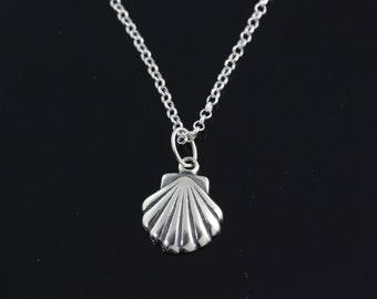 925 Sterling silver sea shel lNecklace, Silver sea shell necklace, sterling shell pendant necklace, sterling silver shell jewelry    RX159