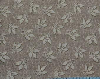 Leaf Fabric, Tan Fabric, Quilting Supply, Cotton Fabric By The Yard, Fat Quarter, 1 Yard Fabric, Clothworks Blueberry Buckle Fabric. Craft