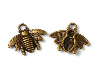 Bee Charm Bronze Bee Charm Honey Bee Charms Bumble Bee Charm Queen Bee Charms Bumblebee Charm 10 pieces Antiqued Bronze