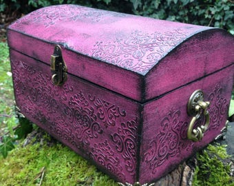 Large box with wooden inner legs black satin, baroque, Gothic jewelry chest