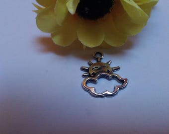 Charm color antique silver Sun cloud