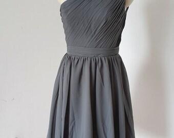 2015 One-shoulder Charcoal Grey Chiffon Short Bridesmaid Dress