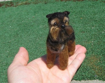 The Perfect Gift / Custom Pet Portrait direct from Artist / Gourmet Felted Original OOAK / example Brussels Griffon poseable