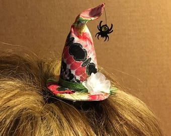 Mini witch hat - Spring - Floral witch hat with dangling spider