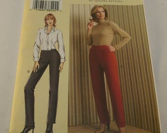 Vogue Pattern V7940 Misses Pants Size: G-H-I-J Today's Fit by Sandra Betzina Tapered Semi-fittted Pants Contour Waist Back Zipper