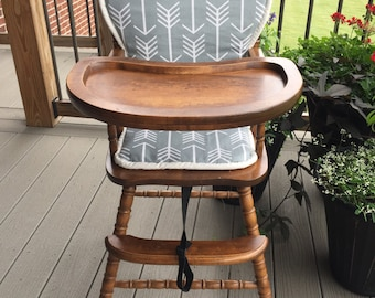 Highchair cover. High chair cover . high chair cushion . wooden high chair pad . highchair cushion . highchair pad . vintage / monogrammed