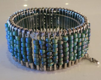Sophisticated Steampunk Beaded Bracelet - Ocean Spray