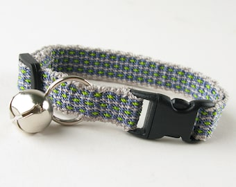 Kitty Cat Collar Hand Woven Breakaway Kitten Collar Grey and Periwinkle Flowers
