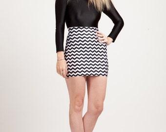 Zigzag Black And White Bodycon Mini-Skirt