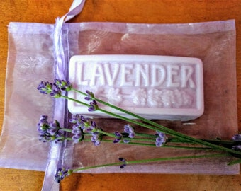 Hand Poured Lavender Goats Milk Soap Ba,  Essential Oils.  Comes in an Organza bag.  Creamy goat's milk. Favors, gift, Christmas, Guest Soap