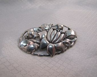 Vintage Victorian, c1920 Sterling Flower Brooch