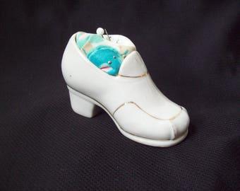 Vintage Pin Cushion Figural Pin Cushion Ceramic Shoe Made in Japan