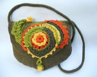 Felt bag Felt Purse Crochet purse Shoulder purse Shoulder felt bag Olive green bag Merino wool bag Felted shoulder bag Girl shoulder bag