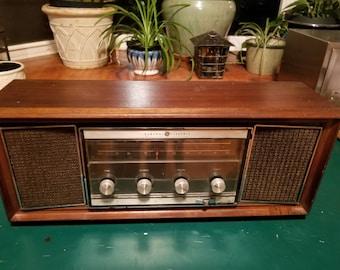 Retro GE stereo