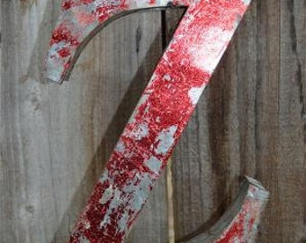 Medium vintage style 3D red letter Z