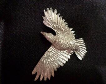 Lone-ner     New Raven Design