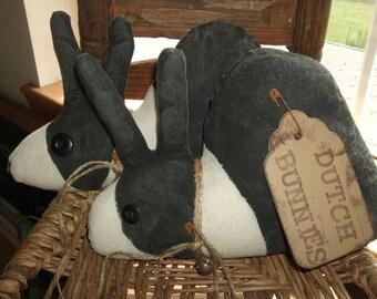 Primitive PAIR Grungy Rabbits Dutch Bunnies Vintage Button Eyes  OFG HAFAIR Teams