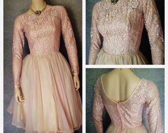 1950s Ballerina Pastel Blush Petal Pink, Silver Lace Party Dress, Full Skirt. Perfect Princess Bridal Dress