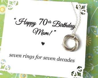 70e anniversaire cadeau pour maman soixante-dix soixante-dixième anniversaire collier pour grand-mère poème argent 7 anneaux pour bagues 7 décennies connectés