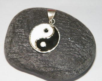 Handcrafted .925 Sterling Silver Enamelled Ying &Yang Pendant