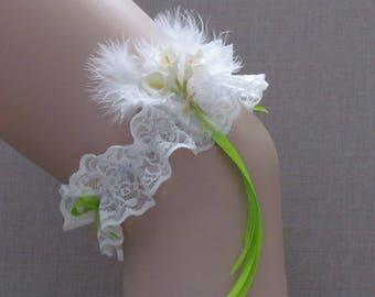 Country theme Saperlipopette Creations white wedding lace garter