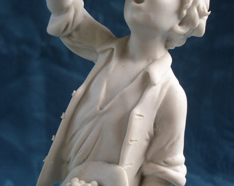 Luigi Giorgio Benacchio Capodimonte Figurine of Boy Eating Cherries, Excellent Condition