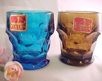 1960s Viking Georgian Whiskey Glass or Toothpick Holder in Nutmeg Brown and Bluenique Blue, Pair of Vintage Barware Shot Glasses