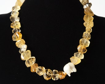 Citrine Baroque pearl necklace citin nugget honey yellow faceted crystal sun stone