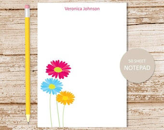personalized floral notepad . daisy notepad . personalized stationery . floral stationary . gerber daisies, flower note pad