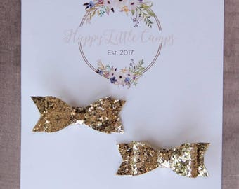 The Piggy Bows (S) // Gold Glitter // Bows for pigtails // Hair bows // Bows // Pigtails // Hair accessories //