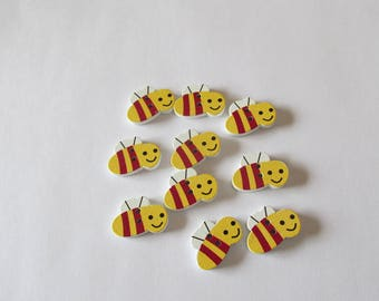 Bee buttons set of 10 wooden buttons