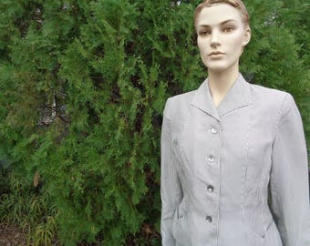 Vintage 40s two piece Striped skirt suit handmade with unusual pockets by Jeansvintagecloset on Etsy