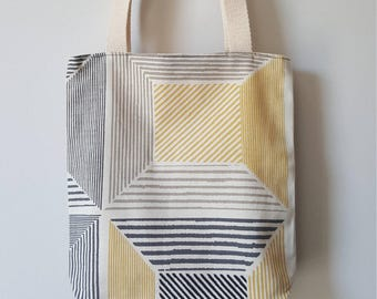 Mini boxed lined tote bag