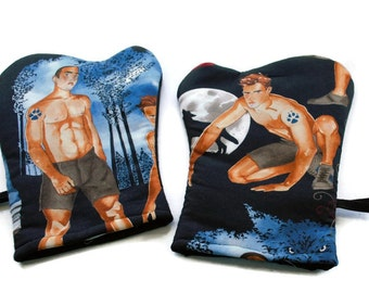 Handmade Oven Mitts Hot Vampires and Werewolves set of 2