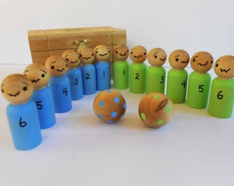 Skittles teams in a wood box kid's game peg doll toy numbers bowling game