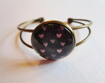 """Bracelet """"Hearted"""", bronze cabochon, costume jewelry"""