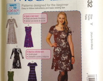 McCall's 7432, Misses Pullover Dress, Women's Knit Dress, Learn to Sew, New uncut sewing pattern