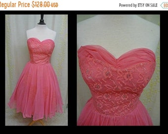 30% OFF ENTIRE STORE Vintage 1950s Dress - Incredibly Bright Hot Pink Lace and Chiffon Strapless 50s Cupcake Party Prom Dress with Silver Lu