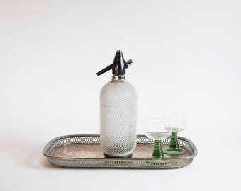 Vintage Seltzer Bottle Metal Mesh Bar Ware Bar Cart Decor Spritzer Bottle Atomic Ranch Decor Vintage Bar Ware