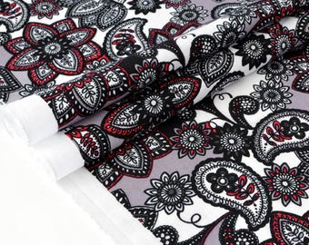 American black and white floral fabric ecru background x 50cm