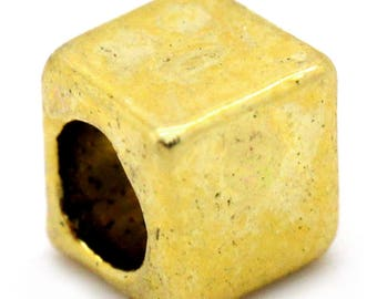 set of 50 beads spacer square cube Gold 4 x 4 mm (2.5 mm hole)