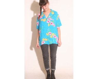 Vintage 90s Hawaiian Flowers Button up Short Sleeve Pocketed Shirt size 1X