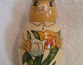 Rabbit Nesting Doll Toy 4 piece set Easter Rabbit Vintage Toys, Easter Bunny Toy