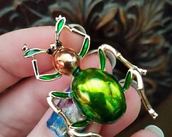 Green ant insect  brooch pin enamel  gold tone