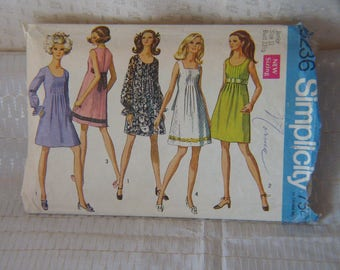SEWING PATTERN for Ladies Dress: Simplicity 8236 Dress Pattern; circa 1969